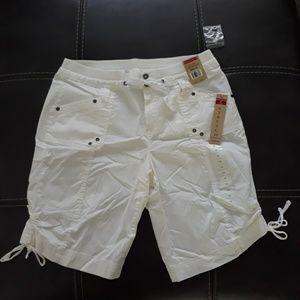 NWT Women's White Shorts size 12